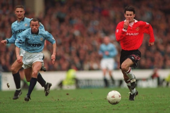 ryan giggs manchester city v manchester united
