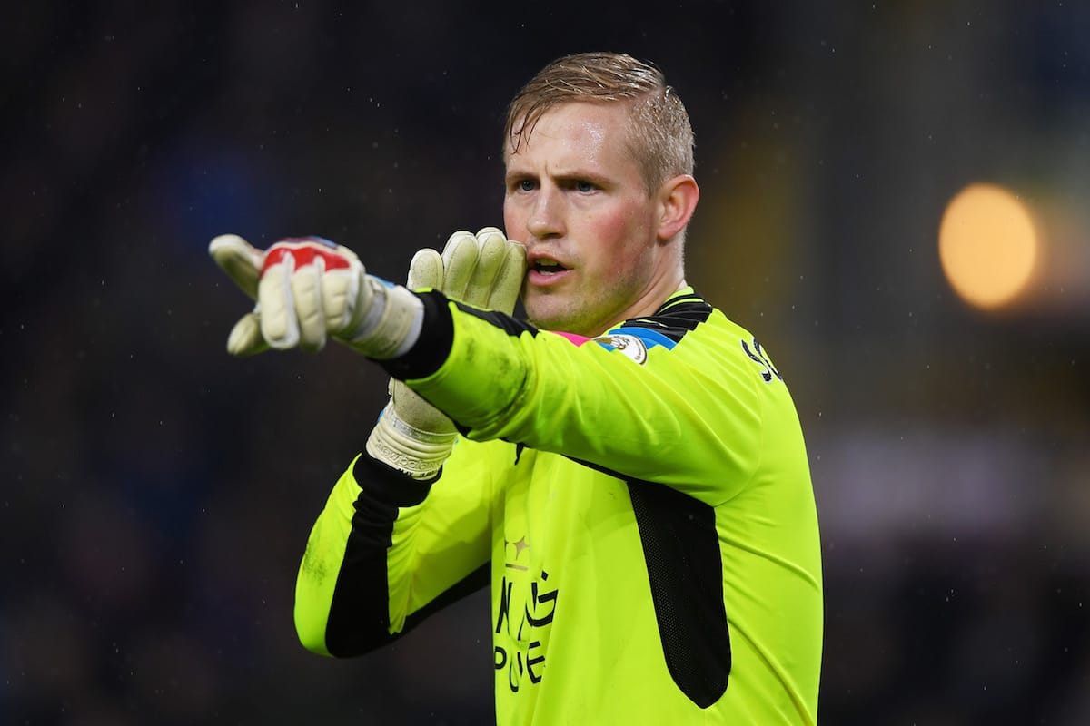Kasper Schmeichel of Leicester City gives instruction during the Premier League match between Burnley and Leicester City