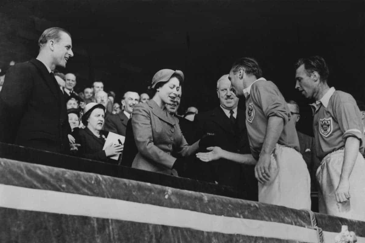 Sir Stanley Matthews meets the Queen following the Matthews Final