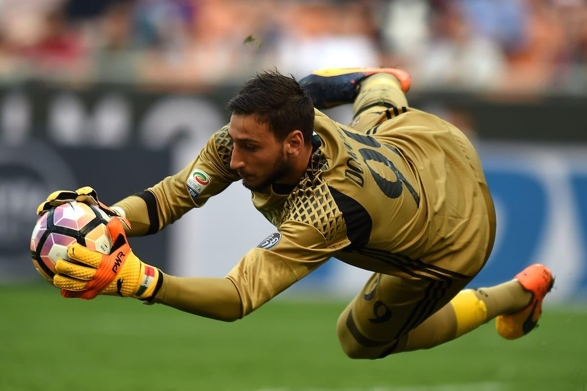 AC Milan goalkeeper Gianluigi Donnarumma in Serie A action against Palermo