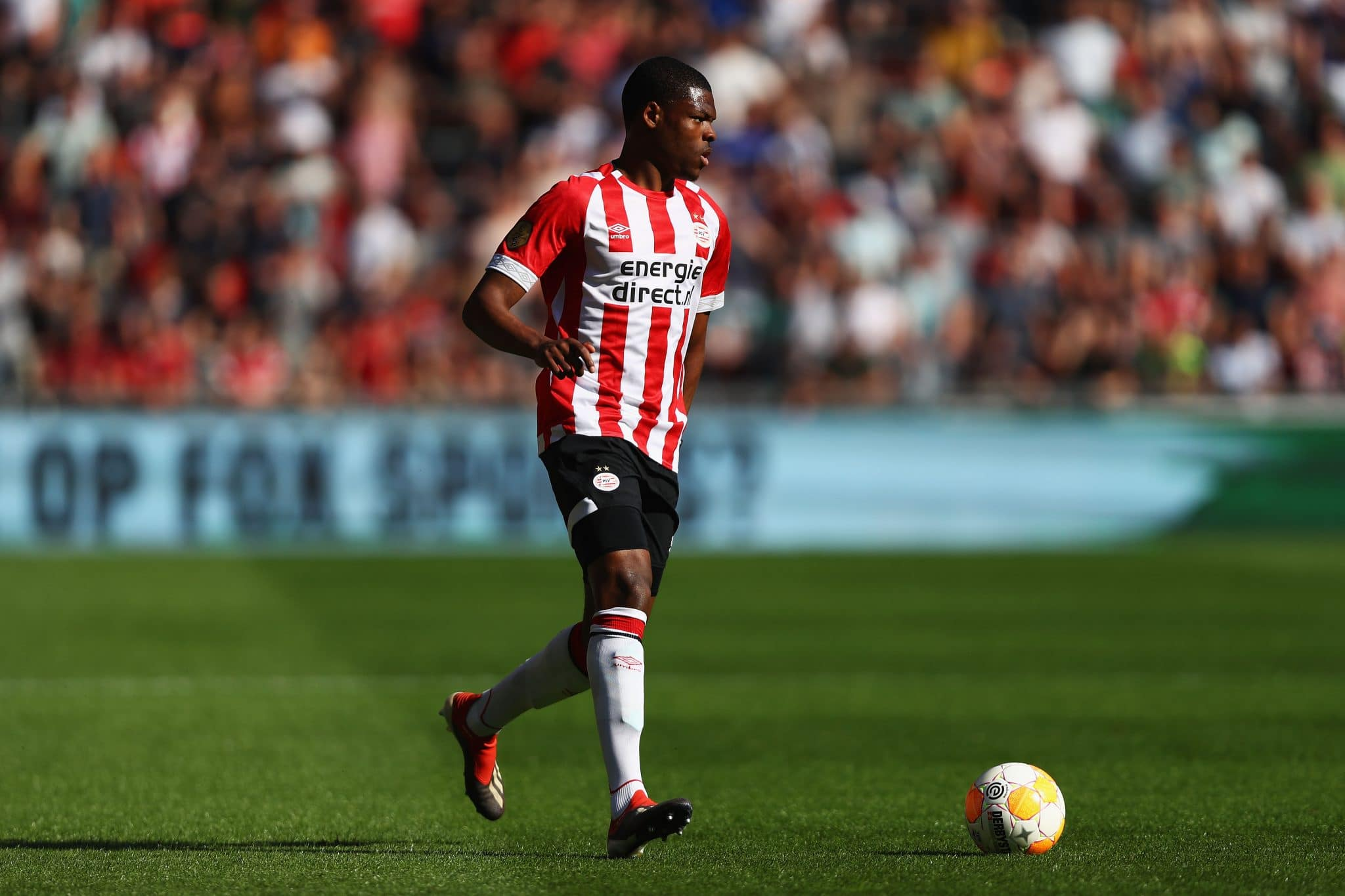 Potential Manchester City target Denzel Dumfries in action for PSV. Could he be an alternative to João Cancelo?