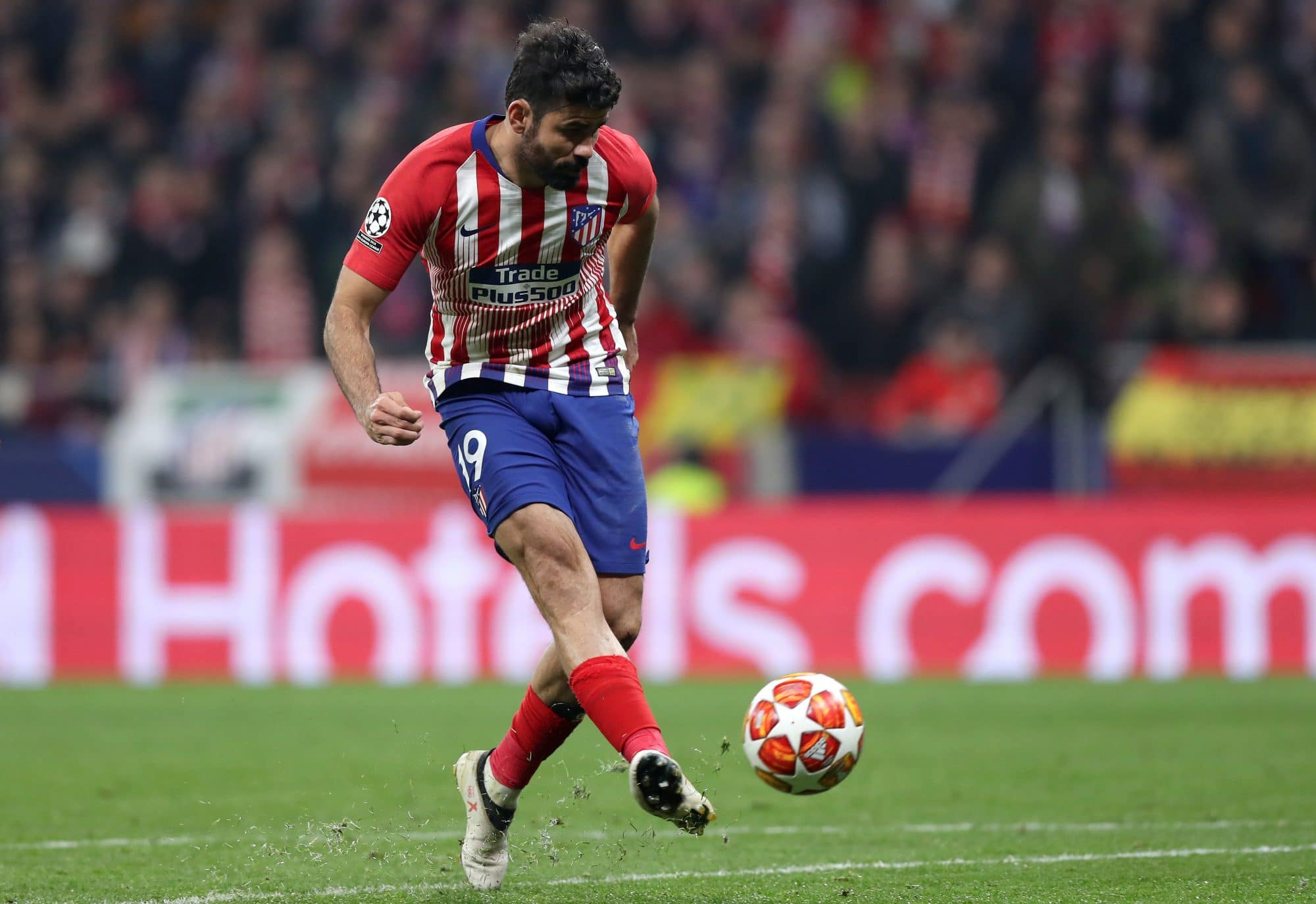 Everton target and former Chelsea man Diego Costa in action for Atlético Madrid
