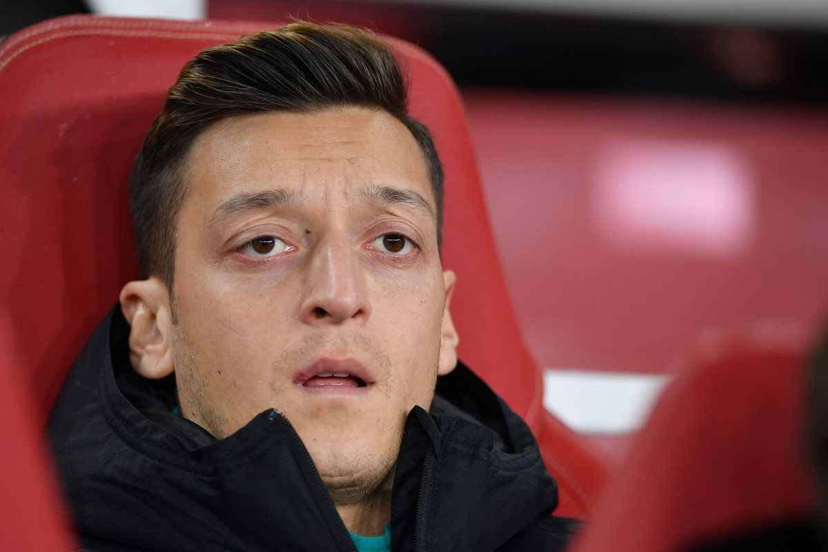 Exorbitant wages mean Özil is in the Emirates departure lounge