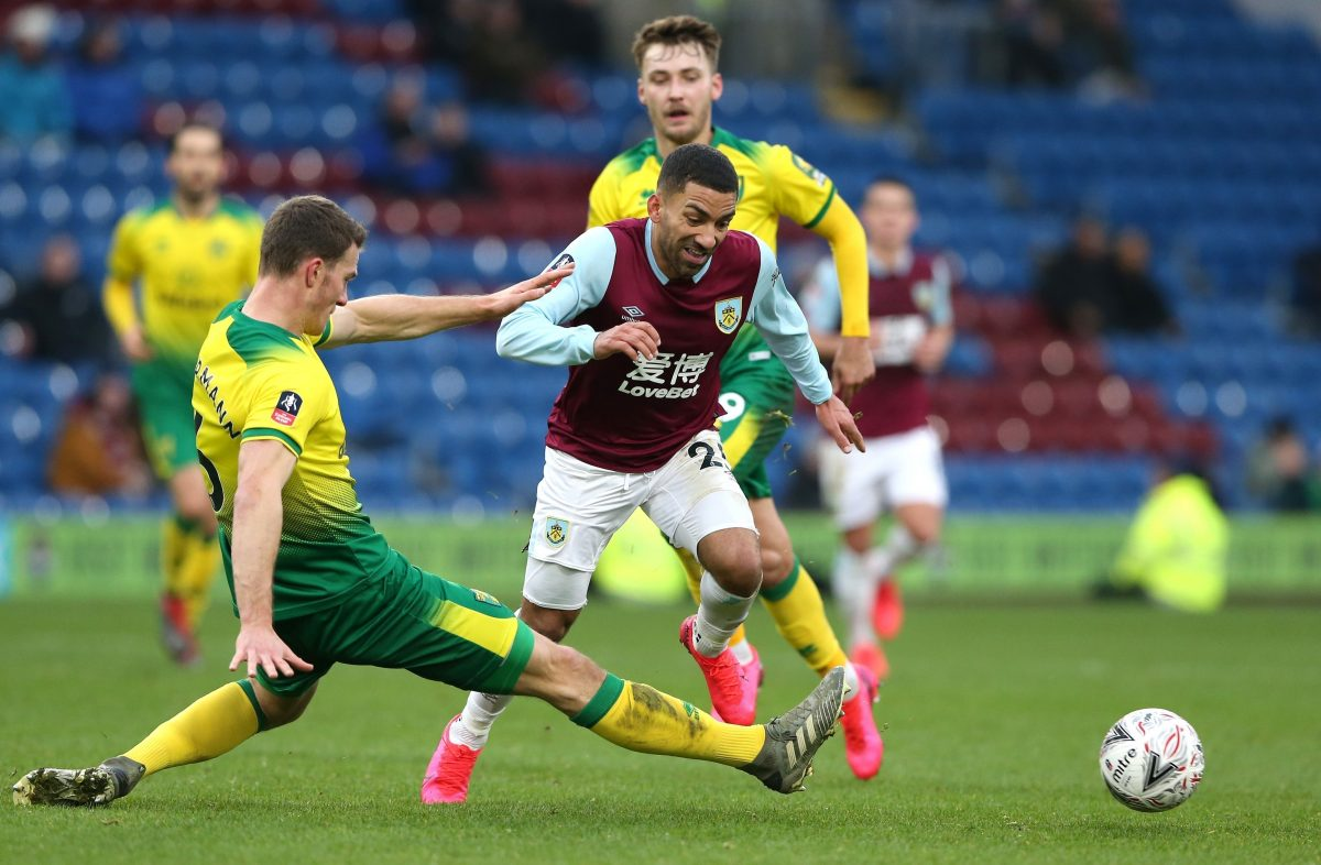 Aaron Lennon in action for Burnley