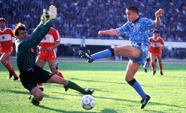 Historical football kits: The most iconic jerseys in football
