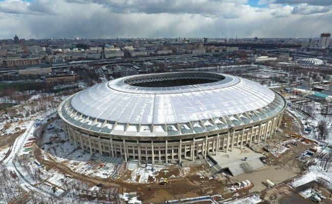 футбольные стадионы в россии
